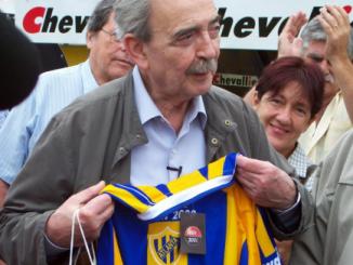 Juan Gelman hincha de atlanta