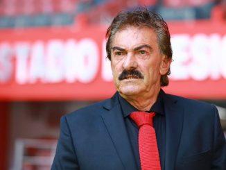Ricardo La Volpe hincha de
