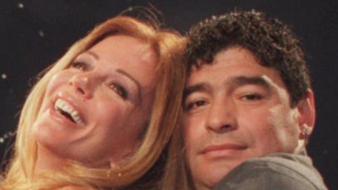 Es hincha de - Maradona y Graciela Alfano