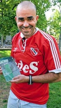 Eduardo Sacheri hincha de Independiente 2020