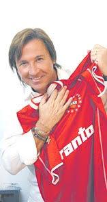 Ricardo Montaner hincha del club atlético Independiente