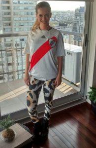Alejandra Maglietti hincha de River 3