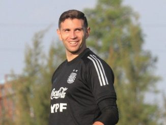 Emiliano Martinez hincha de