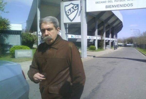 Anibal Fernandez hincha de Quilmes 2